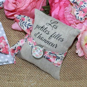 Bracelet à nouer pour enfant en Liberty Wiltshire multi rose