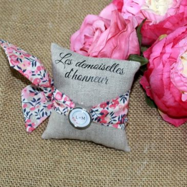 Bracelet à nouer pour femme en Liberty Wiltshire multi rose