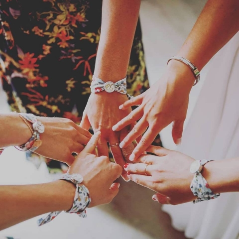 bracelets demoiselles d'honneur mariage fait main made in France dress code boutons de manchettes mademoiselle Pap et Cie