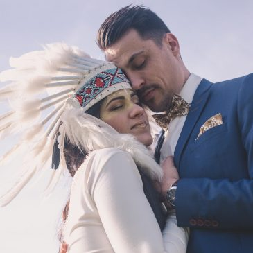 Noeud papillon jaune moutarde pour un mariage amérindien