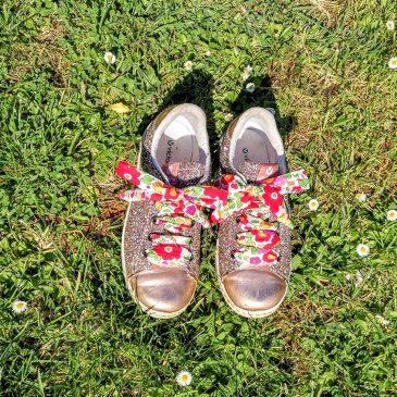 Lacets en Liberty Betsy grenadine 14 oeillets