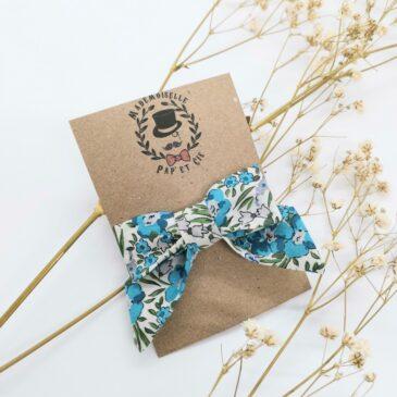 Barrette modèle «luxe» en Liberty Swirling Petal Bleu