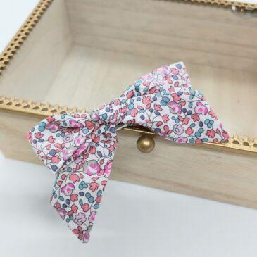 Barrette modèle «luxe» en Liberty Eloise light rose