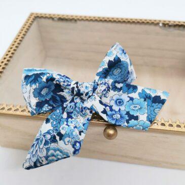Barrette modèle «luxe» en Liberty Elysian Day Bleu