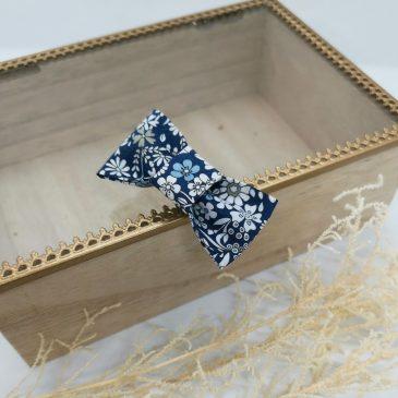 Barrette en Liberty June's Meadow Bleu
